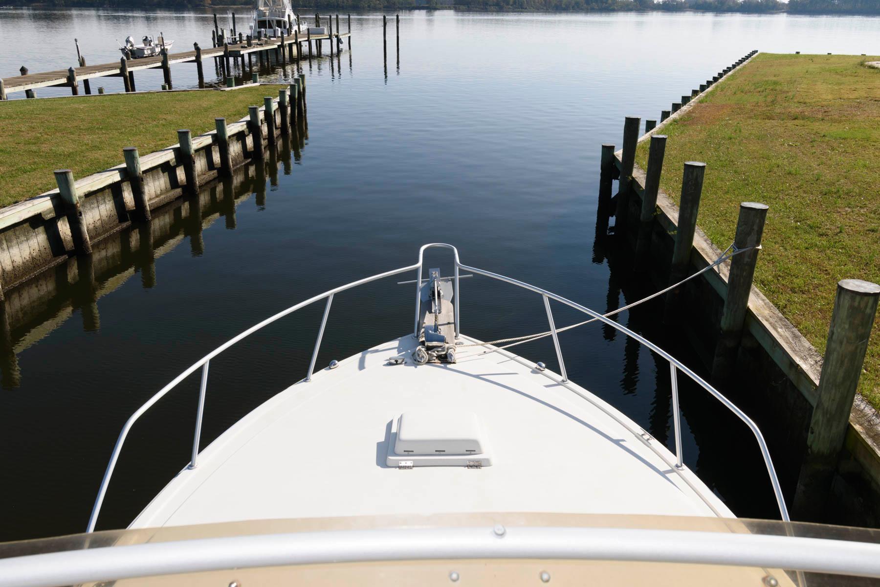 M 5815 JB Knot 10 Yacht Sales