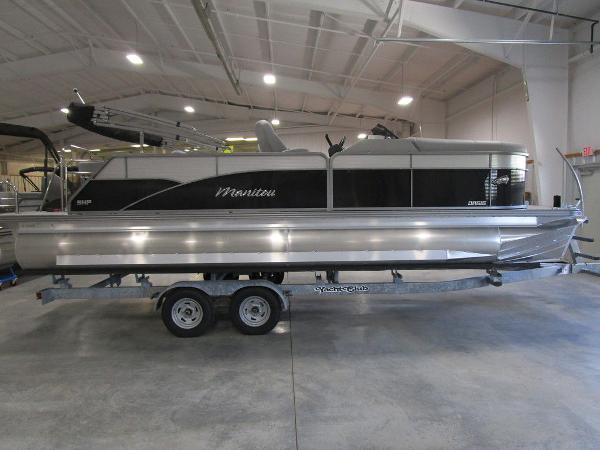 2021 Manitou boat for sale, model of the boat is SL 23 Oasis SHP 373 & Image # 1 of 43