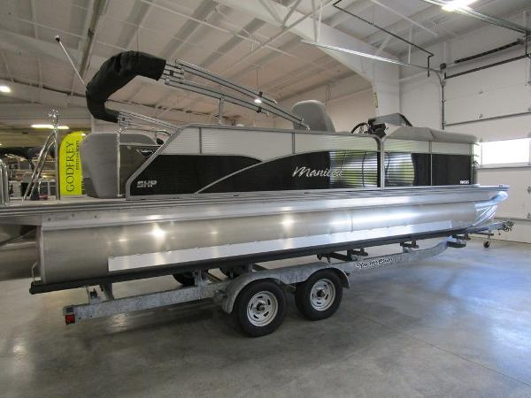 2021 Manitou boat for sale, model of the boat is SL 23 Oasis SHP 373 & Image # 2 of 43