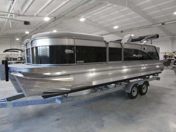 2021 Manitou boat for sale, model of the boat is SL 23 Oasis SHP 373 & Image # 15 of 43