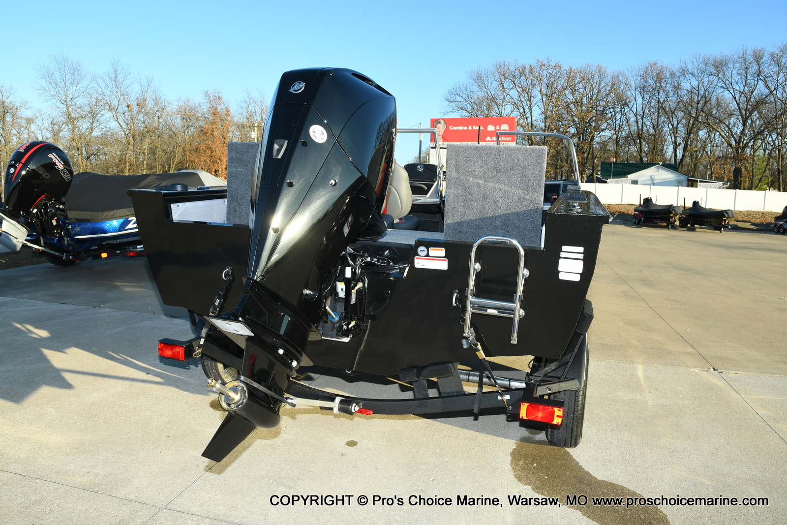 2021 Ranger Boats boat for sale, model of the boat is VX1888 WT w/225HP Mercury 4 Stroke & Image # 14 of 50