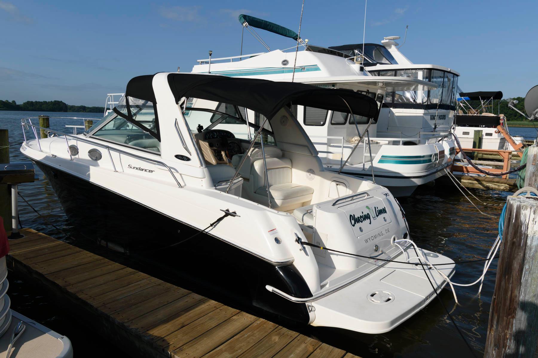 M 6191 VR Knot 10 Yacht Sales