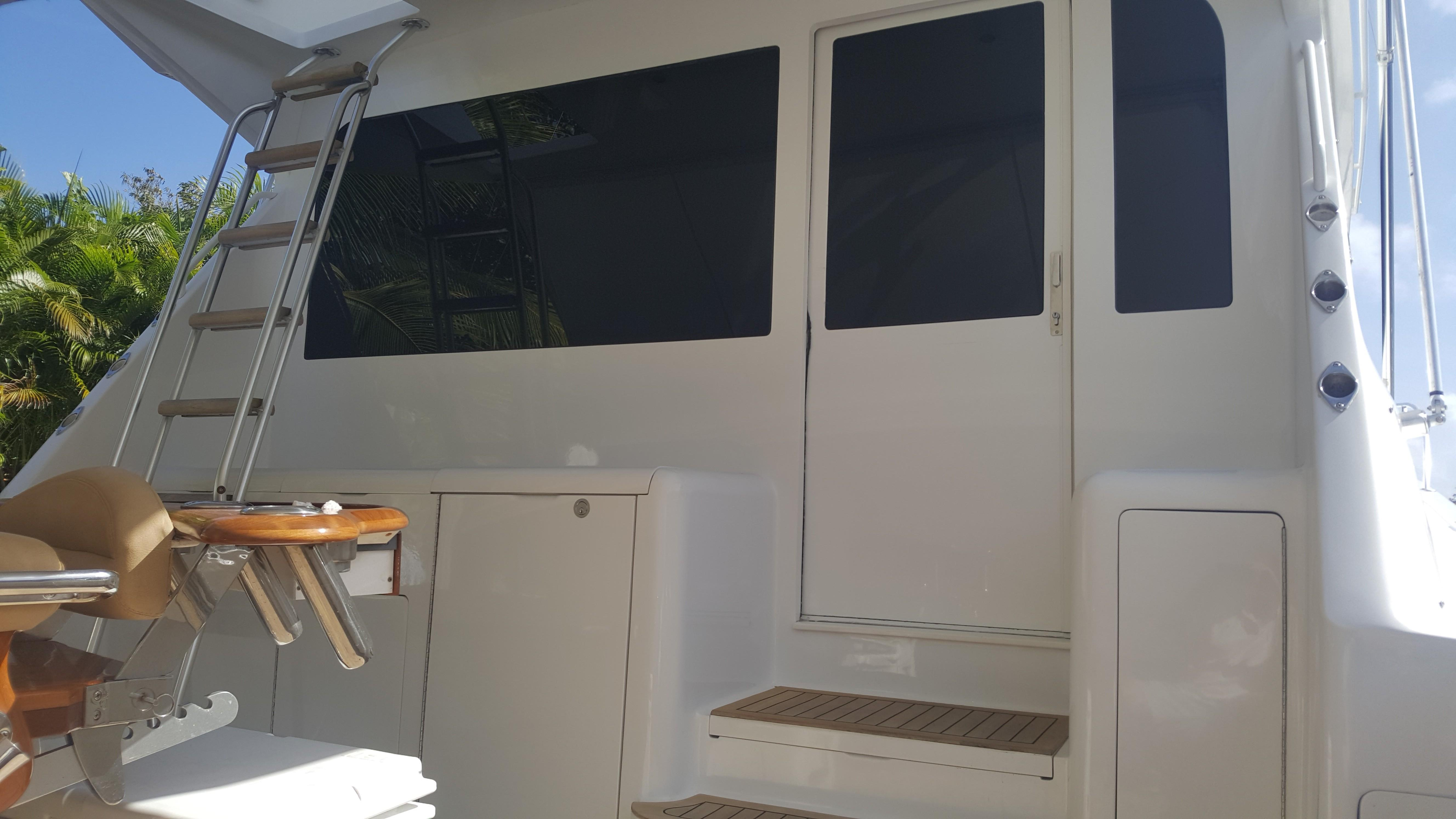 Picture Of:  55' Viking Convertible 2000Yacht For Sale | 4 of 21