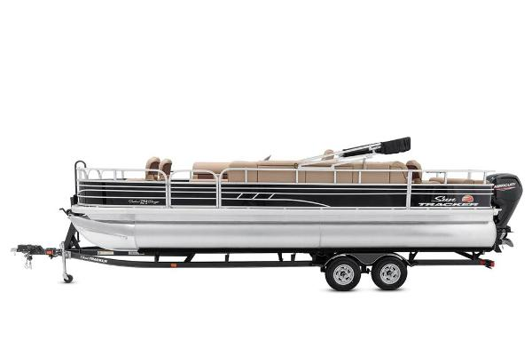 2021 Sun Tracker boat for sale, model of the boat is Fishin' Barge 24 DLX & Image # 7 of 16