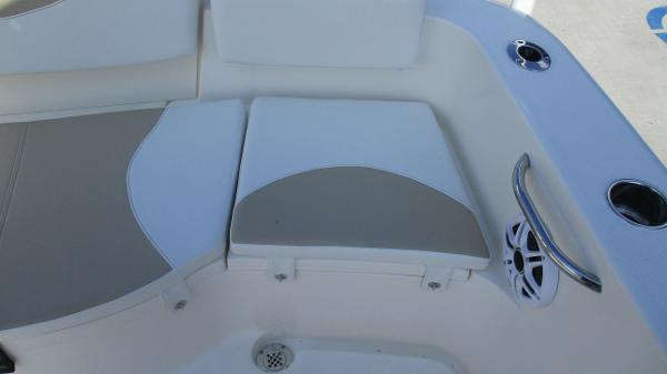 2021 Bulls Bay boat for sale, model of the boat is 230 CC & Image # 16 of 59