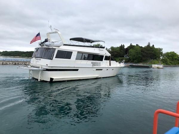 1991 Viking 63 Motor Yacht thumbnail