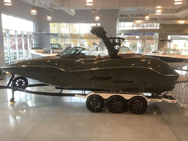 2021 MB Sports boat for sale, model of the boat is F24 Tomcat Alpha & Image # 1 of 10