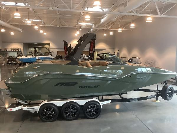 2021 MB Sports boat for sale, model of the boat is F24 Tomcat Alpha & Image # 7 of 10