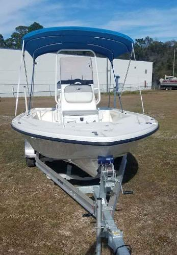2020 Mako boat for sale, model of the boat is 21 LTS & Image # 3 of 16