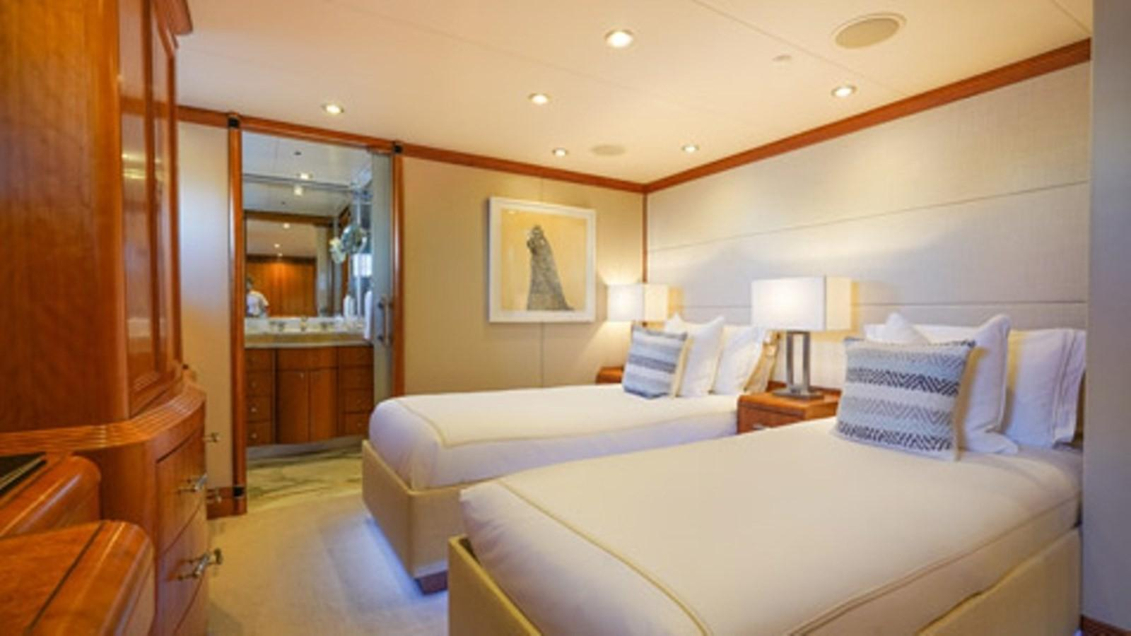1997 Christensen 155' ''LOON'' - Lower Port Forward Stateroom