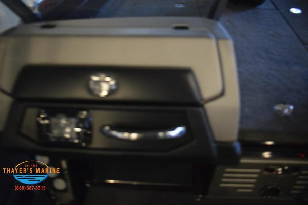 2021 Ranger Boats boat for sale, model of the boat is 621FS Ranger Cup Equipped & Image # 5 of 37
