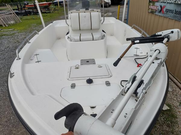1999 Century boat for sale, model of the boat is 1901 Center Console & Image # 6 of 18