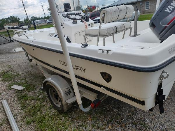 1999 Century boat for sale, model of the boat is 1901 Center Console & Image # 16 of 18