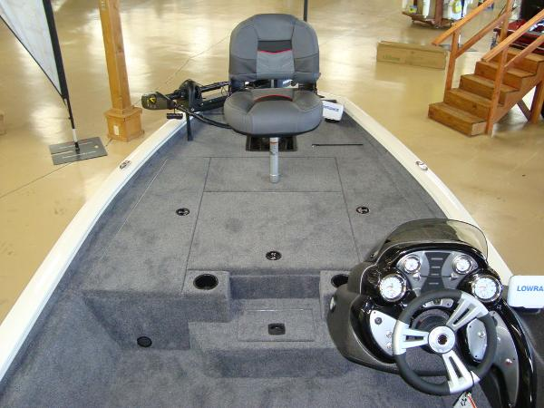 2021 Tracker Boats boat for sale, model of the boat is Pro Team 175 TXW® Tournament Ed. & Image # 7 of 16