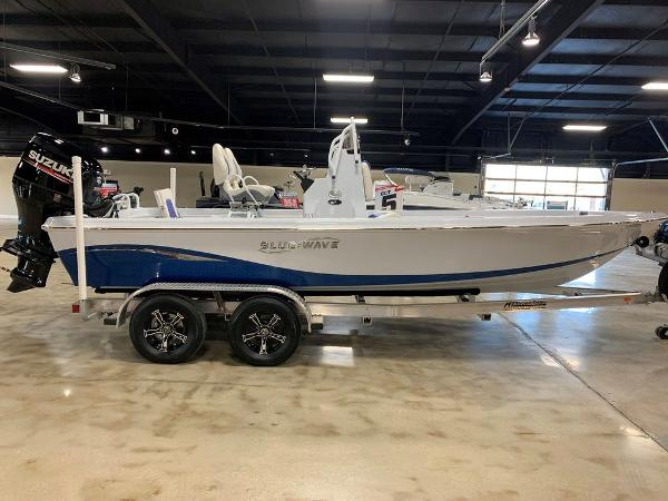 2021 Blue Wave boat for sale, model of the boat is 2200PUREBAY & Image # 1 of 6