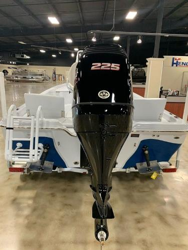 2021 Blue Wave boat for sale, model of the boat is 2200PUREBAY & Image # 3 of 6