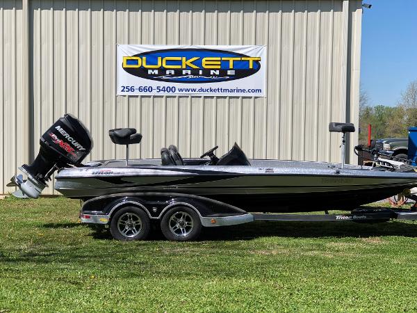 2015 Triton boat for sale, model of the boat is 21 trx e & Image # 1 of 5