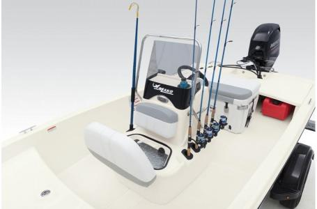 2020 Mako boat for sale, model of the boat is Pro Skiff 15 CC & Image # 20 of 46