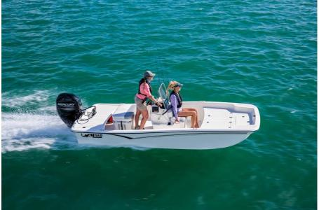 2020 Mako boat for sale, model of the boat is Pro Skiff 15 CC & Image # 27 of 46