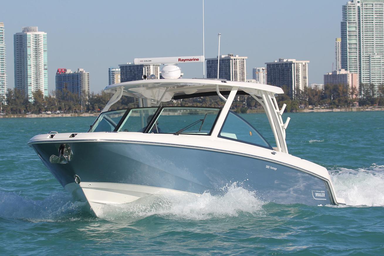 2021 Boston Whaler 320 Vantage #2481689 inventory image at Sun Country Coastal in Newport Beach