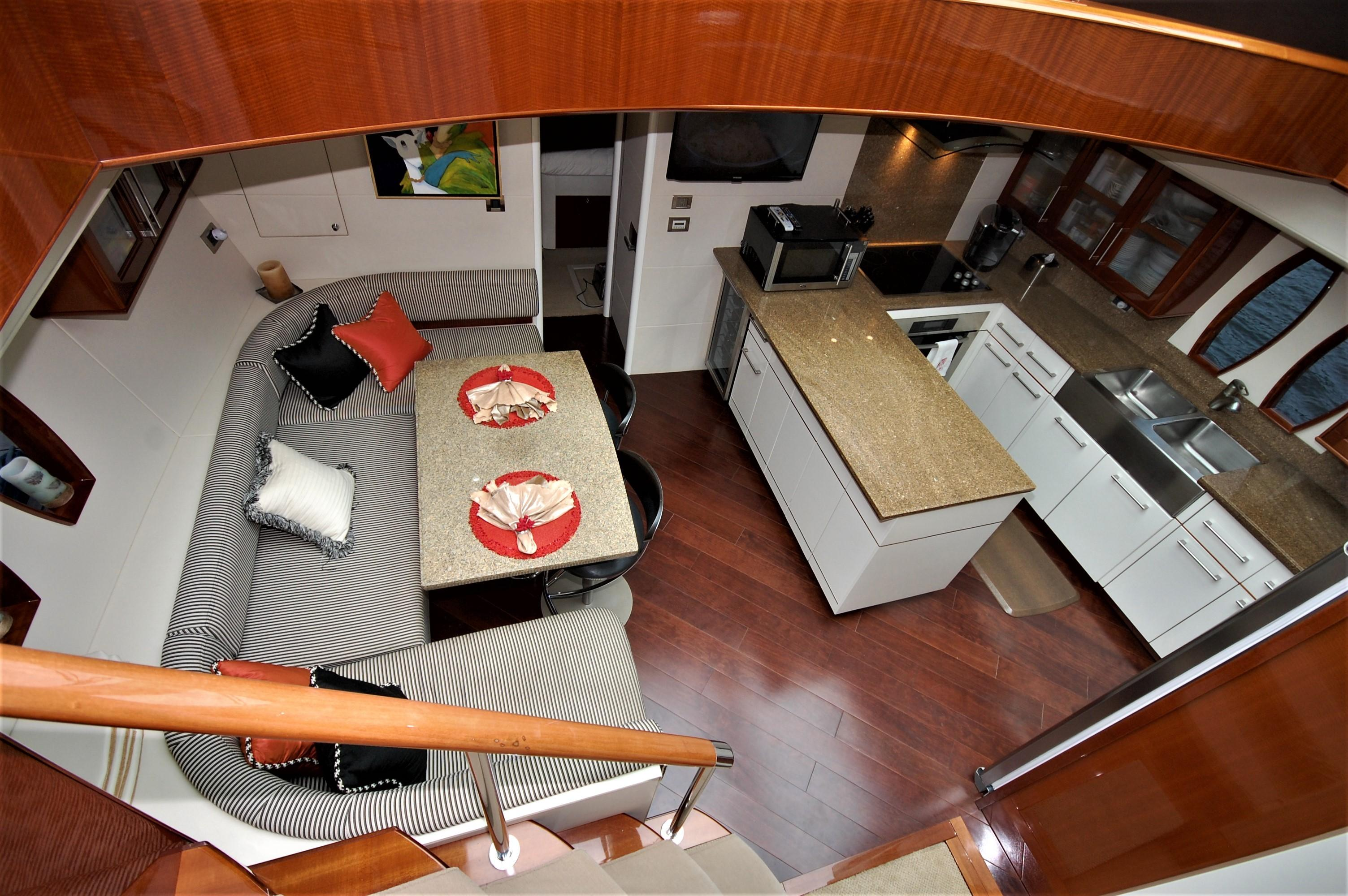 V 4348 BD Knot 10 Yacht Sales