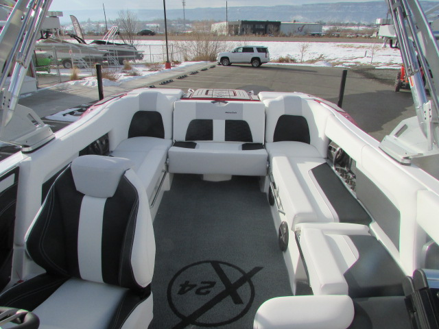 2021 Mastercraft boat for sale, model of the boat is X24 & Image # 7 of 12