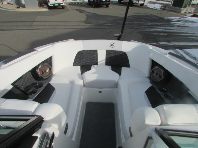 2021 Mastercraft boat for sale, model of the boat is X24 & Image # 4 of 12