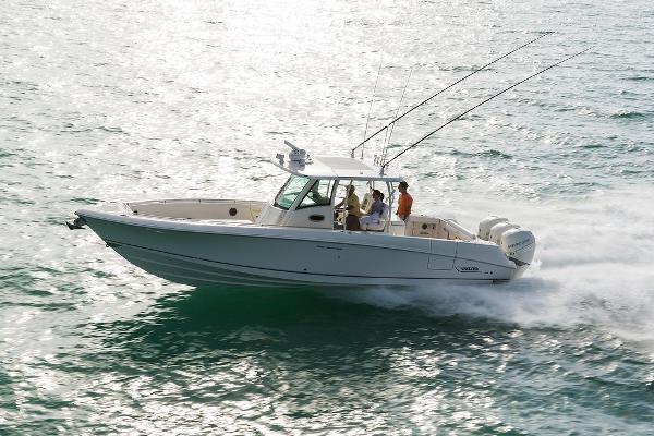2022 BOSTON WHALER 350OR