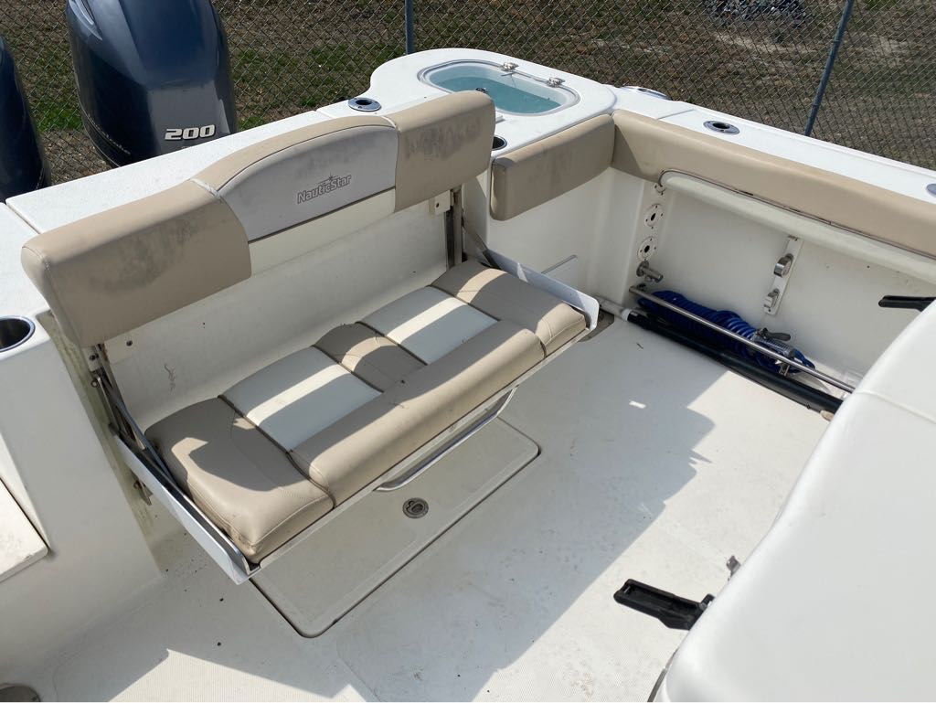 2016 Nautic Star boat for sale, model of the boat is 28 XS & Image # 11 of 19