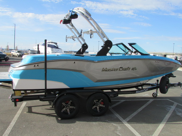 2021 Mastercraft boat for sale, model of the boat is NXT 20 & Image # 2 of 20