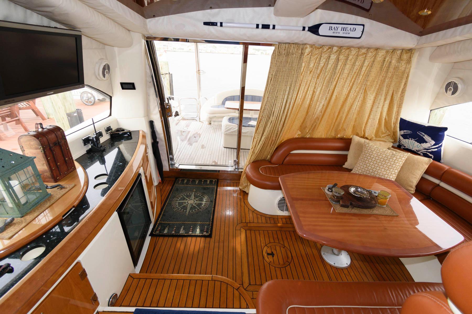 NJ 6497 SF Knot 10 Yacht Sales