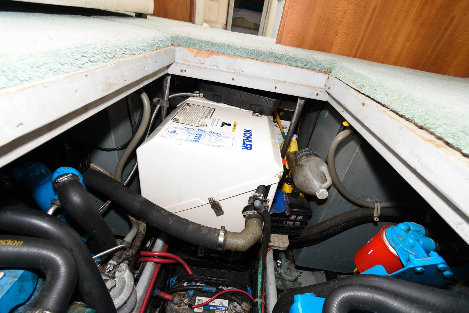 M 6339 TW Knot 10 Yacht Sales