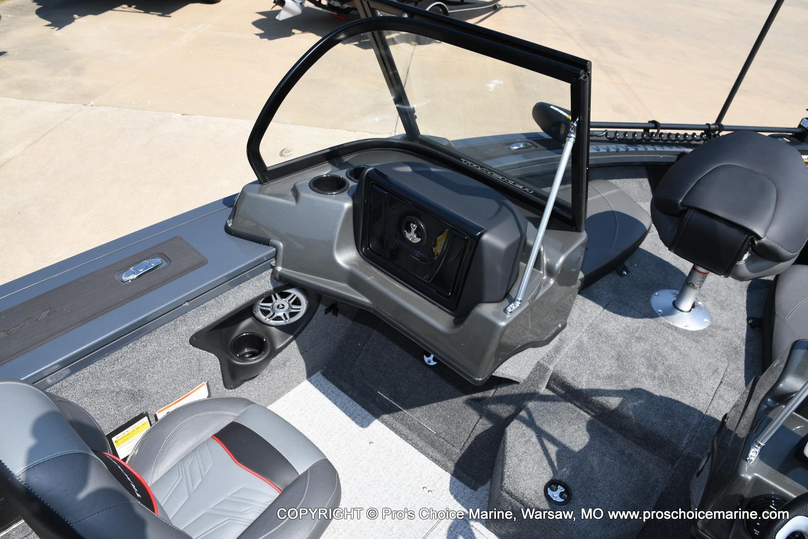 2021 Tracker Boats boat for sale, model of the boat is Targa V-18 Combo & Image # 13 of 45