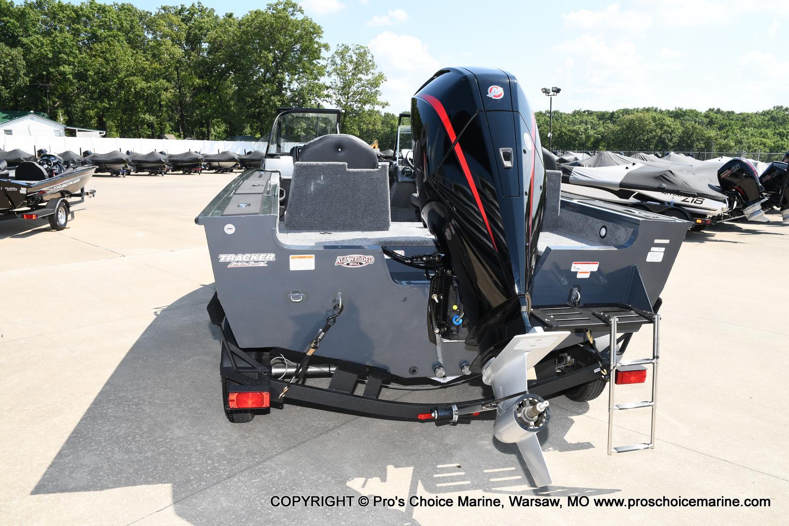 2021 Tracker Boats boat for sale, model of the boat is Targa V-18 Combo & Image # 24 of 45