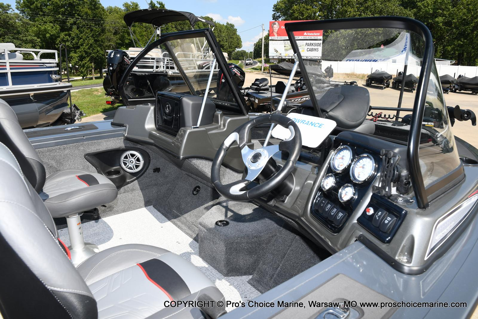 2021 Tracker Boats boat for sale, model of the boat is Targa V-18 Combo & Image # 18 of 45
