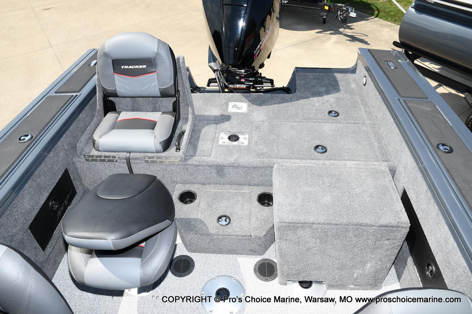 2021 Tracker Boats boat for sale, model of the boat is Targa V-18 Combo & Image # 23 of 45