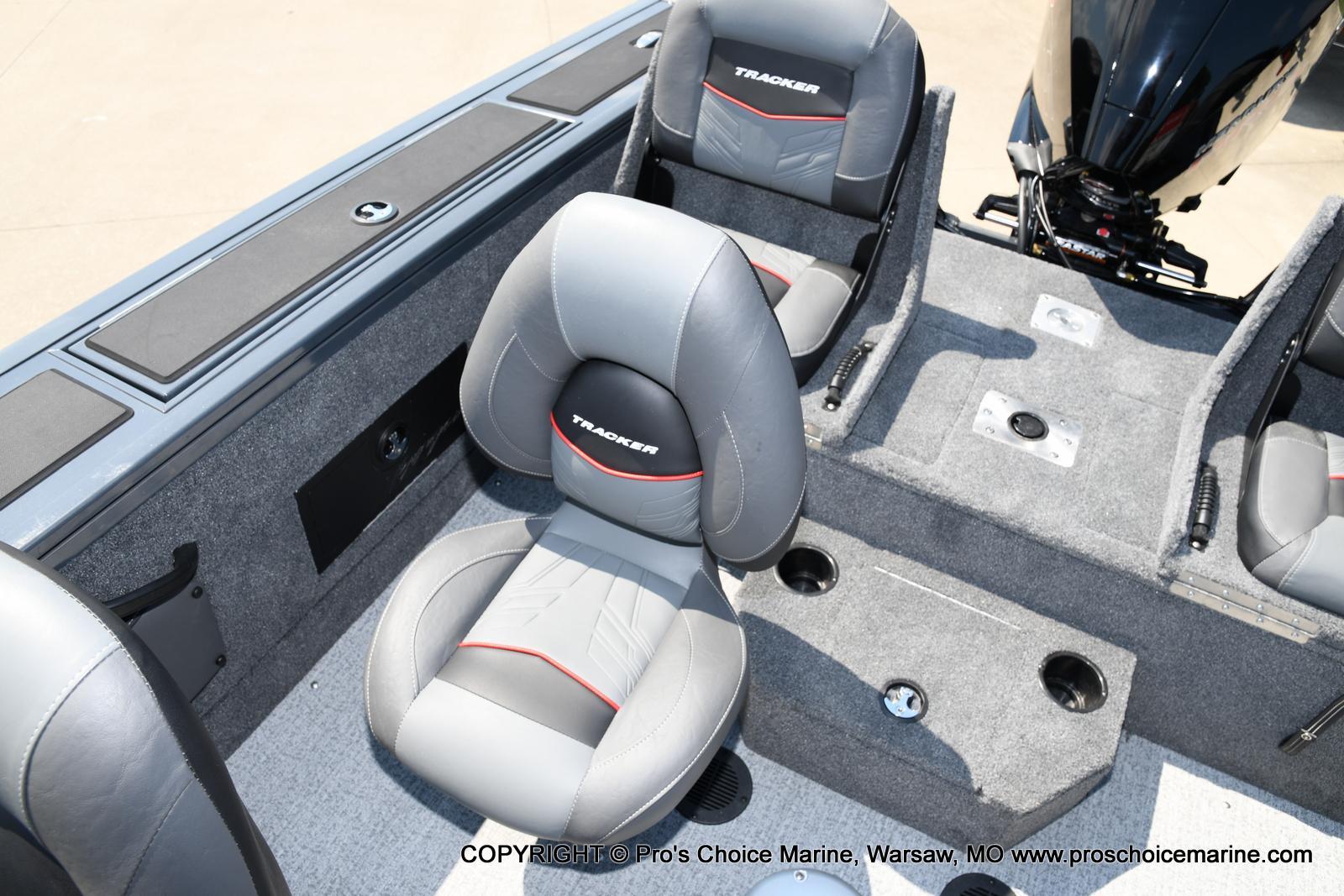 2021 Tracker Boats boat for sale, model of the boat is Targa V-18 Combo & Image # 7 of 45