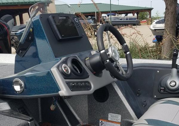 2020 Ranger Boats boat for sale, model of the boat is Z185 & Image # 3 of 4