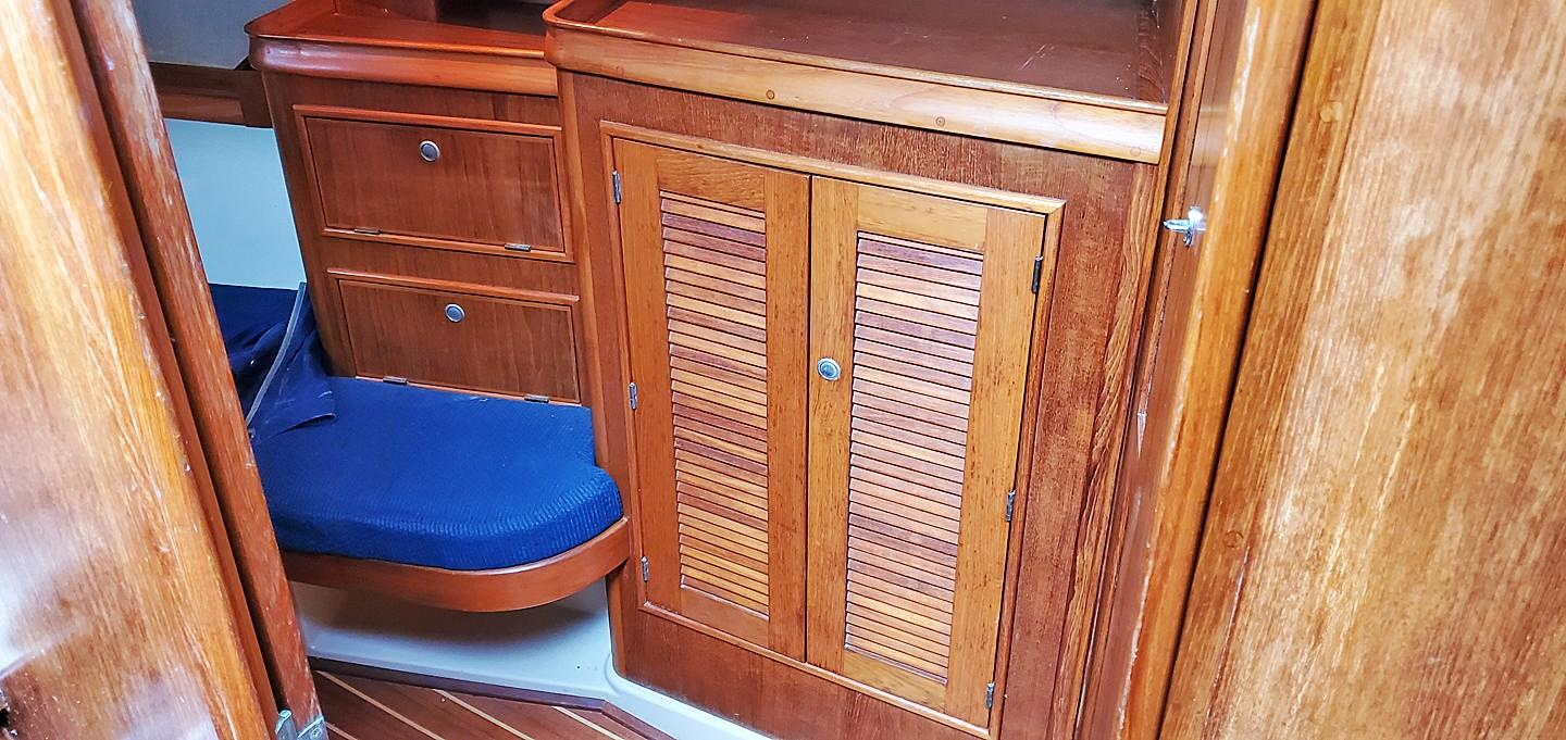 Aft Cabin Cabinets