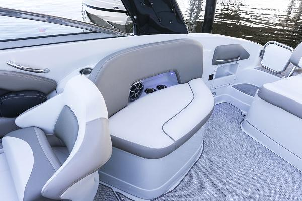 2021 Crownline boat for sale, model of the boat is 290 SS & Image # 8 of 12