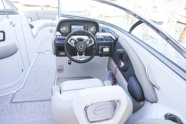 2021 Crownline boat for sale, model of the boat is 290 SS & Image # 7 of 12