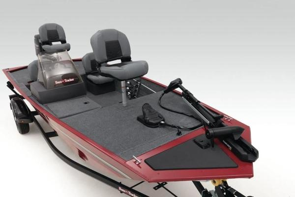 2022 Tracker Boats boat for sale, model of the boat is BASS TRACKER® Classic XL & Image # 5 of 23
