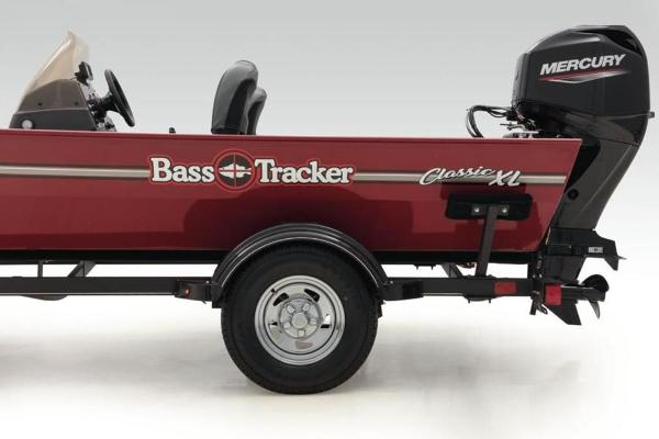 2022 Tracker Boats boat for sale, model of the boat is BASS TRACKER® Classic XL & Image # 13 of 23