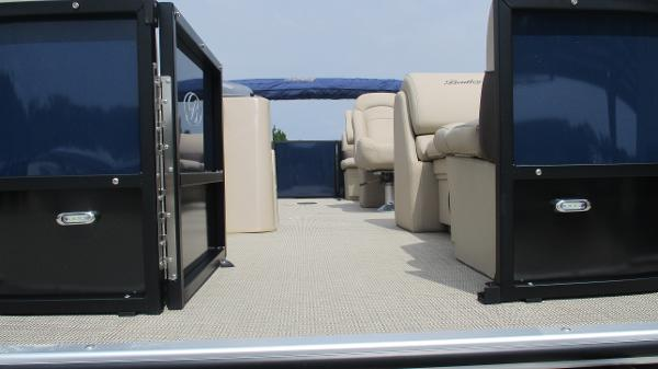 2021 Bentley boat for sale, model of the boat is 200 Navigator & Image # 9 of 60