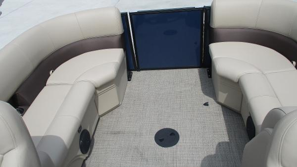 2021 Bentley boat for sale, model of the boat is 200 Navigator & Image # 17 of 60