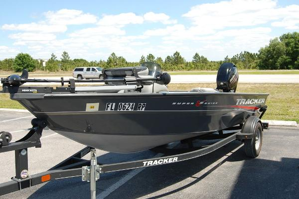 2018 Tracker Boats boat for sale, model of the boat is V16 SUPER GUIDE & Image # 7 of 9