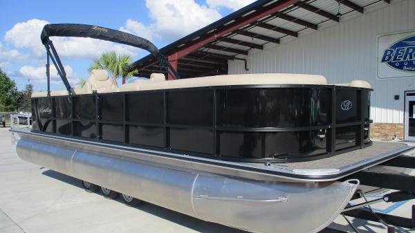 2021 Bentley boat for sale, model of the boat is 240 Navigator & Image # 1 of 56