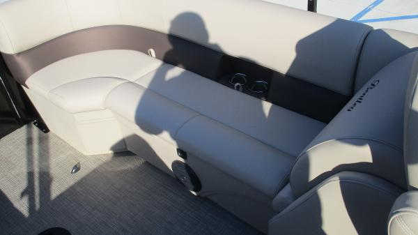 2021 Bentley boat for sale, model of the boat is 240 Navigator & Image # 14 of 56