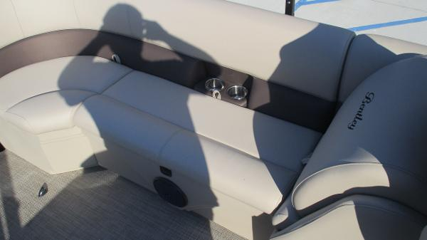 2021 Bentley boat for sale, model of the boat is 240 Navigator & Image # 22 of 56