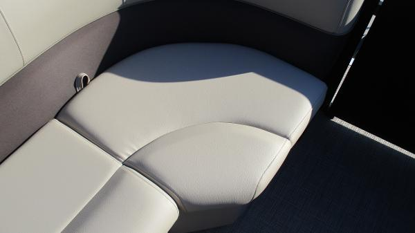 2021 Bentley boat for sale, model of the boat is 240 Navigator & Image # 42 of 56